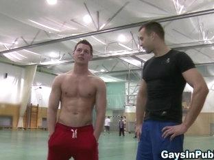 Public dudes suck dick