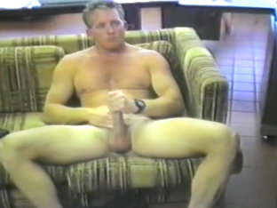 Guy Uses Dildo On Own Ass And Masturbate