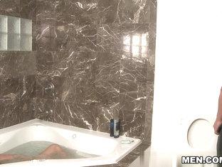 Cole Streets & Marc Dylan in Bathtub Rubdown Movie