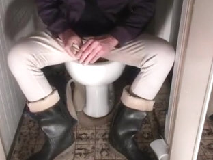 nlboots - rubber boots smoking toilet