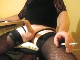 horny and cumming while camming in stockings