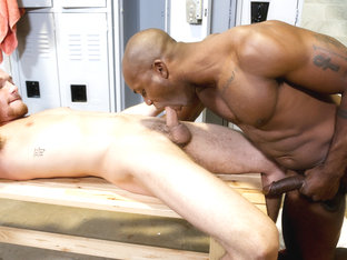 Osiris Blade & Derek Reed in Janitor Service Video - ExtraBigDicks
