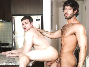 Diego Sans & Erik Andrews in Cumming On Too Strong - Str8ToGay