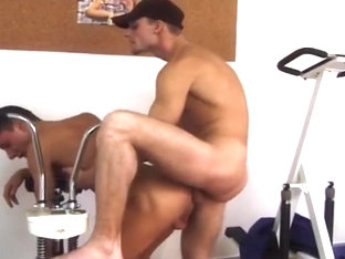 Gay Gym Sex Fuck and Suck Action