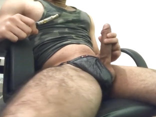 Bisexual Stud Vapes, Vibes, and Shoots MASSIVE Load (like a geyser)