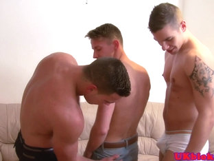 British hunk jerks in trio before cumcovered