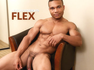 Flex &  in Flex XXX Video - NextdoorEbony