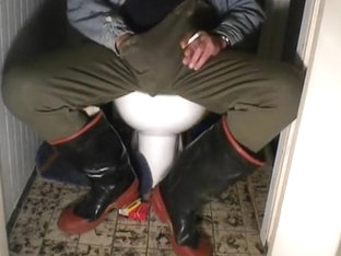 nlboots - wr rubber boots on toilet, so smoking too
