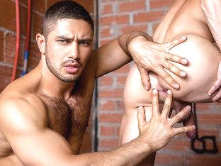 Darius Ferdynand & Dato Foland in Sense 8 : A Gay XXX Parody Part 4 - SuperGayHero