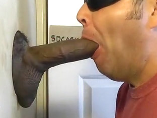 OUT OF TOWNER VISITS GH--BIGGEST DICK EVER AT MY GLORYHOLE