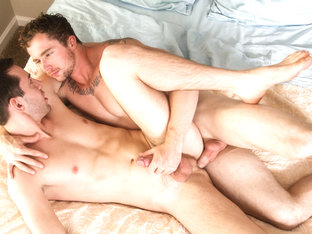 Markie More & Lance Taylor in Roommate Seduction: Moving Day - NextDoorWorld