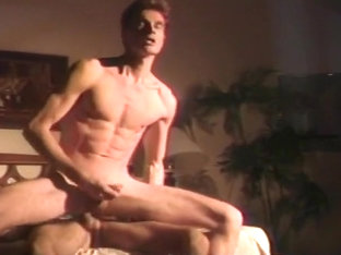 Muscular Gay Men with Hot Morning Fuck