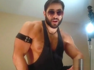 HOTGYMNAST HAIRY LEATHER BOY