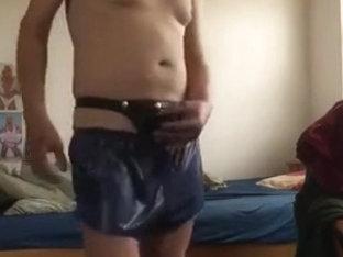 blaue shorts und wetlook stringtanga