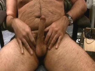 Hairy Bear cumming on cam 2