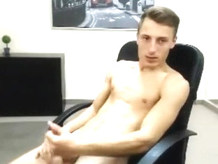 Romanian Cums Eats It On Cam Gorgeous Athletic Guybigcock