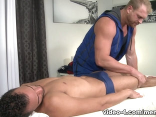 Javier Cruz & Josh Peters in Swim Team Massage Video - MenOver53