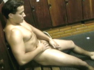 Clean-Shaven Latino Jizzes On Himself
