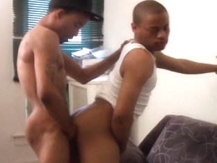 Remy Mars Gets Sucked By His Friend Then Fucks Him