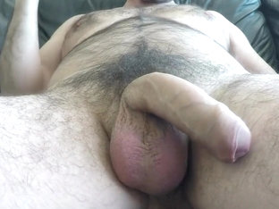Amateur Hairy Uncut Cock Jerking-off Multi-Support Shooting