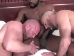 Two muscle bears share BBC bareback