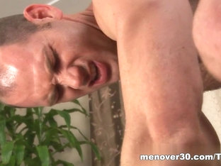 MenOver30 Video: Piece on Girth