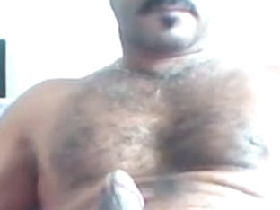 Masturbating Turkey-Turkish Bear Evren Has A Big Hard Dick