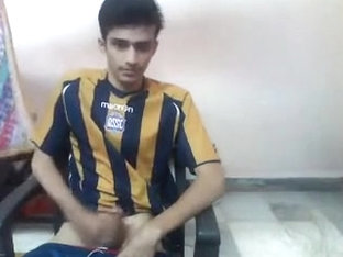 Indian Cute Footballer Cums On Cam (Gujarat, India)