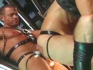 TYLER SAINT THREESOME