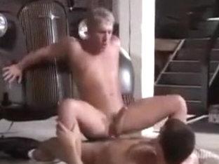 Muscular top fucks blonde bottom