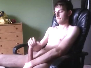 Cute hung guy jacks off