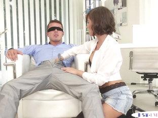 Buttfucking hunks banging glamorous babe
