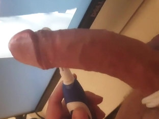 shooting all my cum out for elfe00