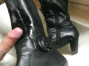 Wifes boots and some oil