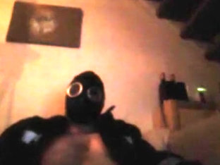 Wank & Cum in Rubber Gasmask