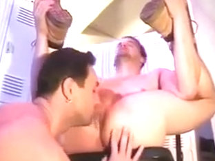 Men Fucking in Locker Room