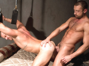 Landon Conrad & Donnie Dean in Hole 1 Video