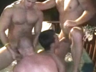 Str8 College Frat Dudes try Homosexual for Pay!