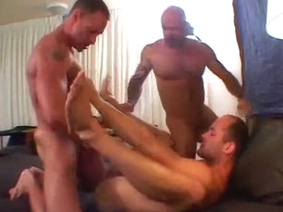 Naked dudes amateur threesome