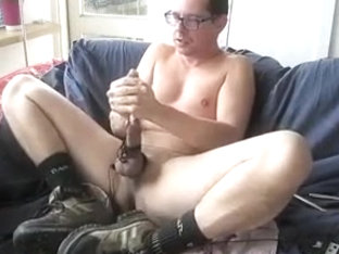 Steeltoe shoes masturbating