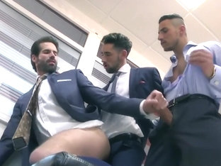 Muscle threesome with facial in office