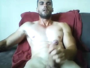 hunk webcam wanking at home
