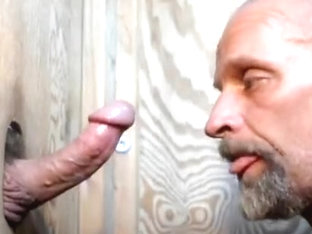 muscle boy returns for a 3rd suck and i j.o.after