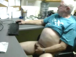 Grandpa stroke and cum on cam 1