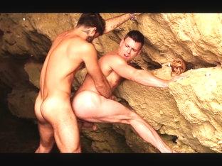 Diego Sans & Paddy O'Brian in Pirates : A Gay XXX Parody Part 4 - SuperGayHero