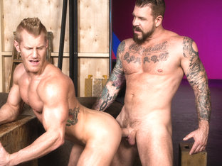 Johnny V & Rocco Steele in Backstage Pass 2, Scene #01 - RagingStallion