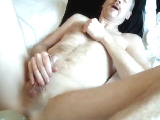 I fuck my dildo deep in the ass until I come all over me