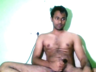 indian hot boy opening his asshole wide