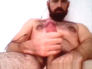 guy on cam 335