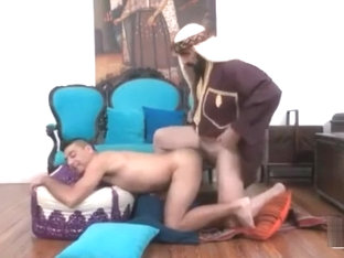 The Horny Sultan of Dong